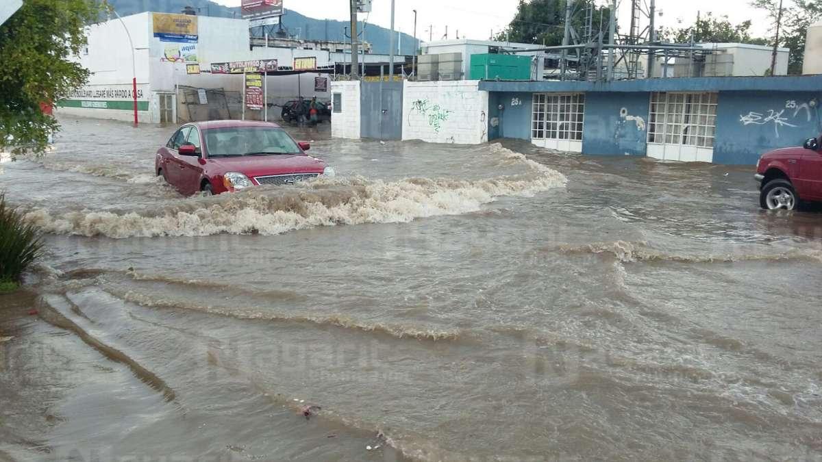 Son 19 las colonias colapsadas tras las lluvias en Tepic