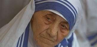 El papa abre camino para canonizar a la Madre Teresade Calcuta