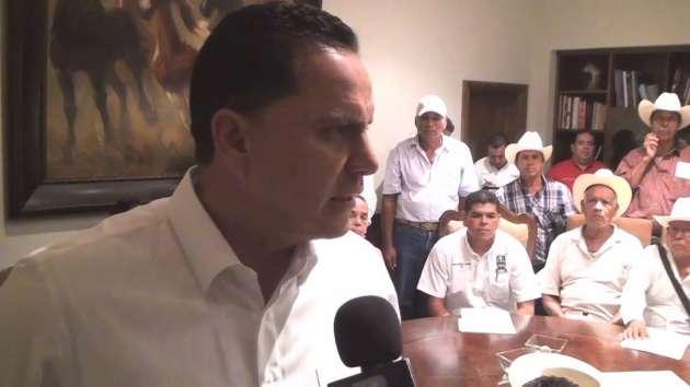 Roberto Sandoval se Reúne con Ejidatarios