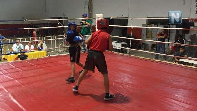 Comienza campeonato estatal de box con 120 púgiles