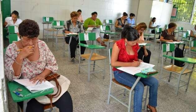 Se analizan cambios en evaluación docente en Nayarit